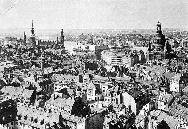 File:Dresden-blickvomrathausturm1910.jpg