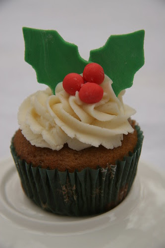 christmas wedding cupcake ideas