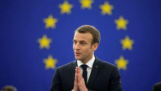"""Emmanuel Macron: """"La resposta no és la democràcia autoritària, sinó l'autoritat de la democràcia"""" (Reuters)"""