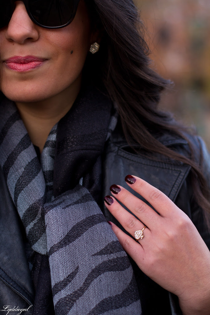 zebra scarf-5.jpg