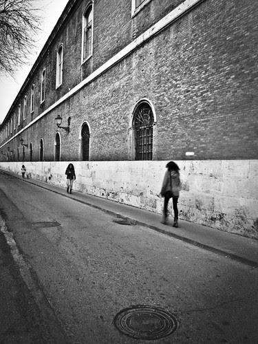 12M12T-Paisaje Urbano-La pared del cuartel por Juan R. Velasco