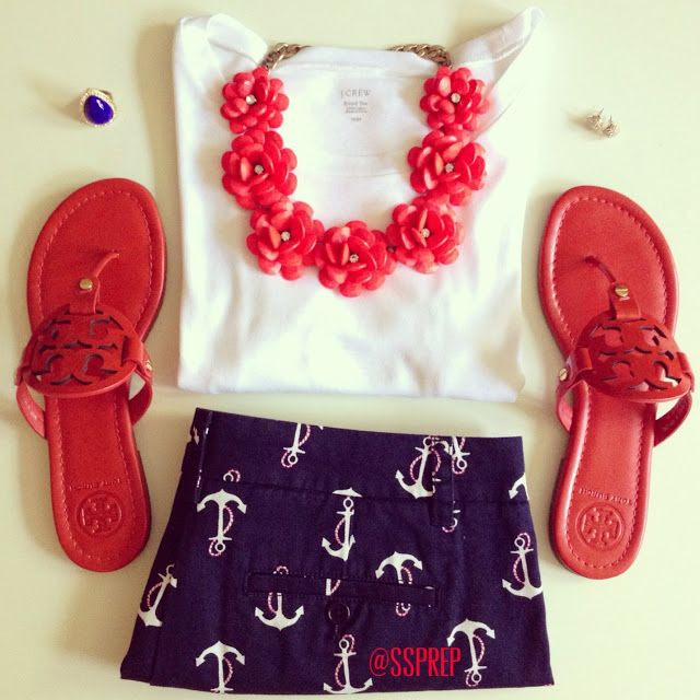 Sweet Southern Prep. Adorable 4th of July outfit! Absolutely LOVE these shorts!