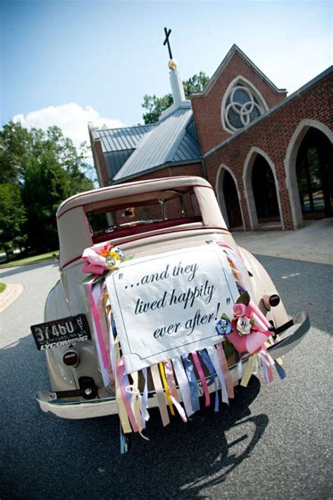Lovely Wedding Car Decorations ? Classic Getaway Wedding