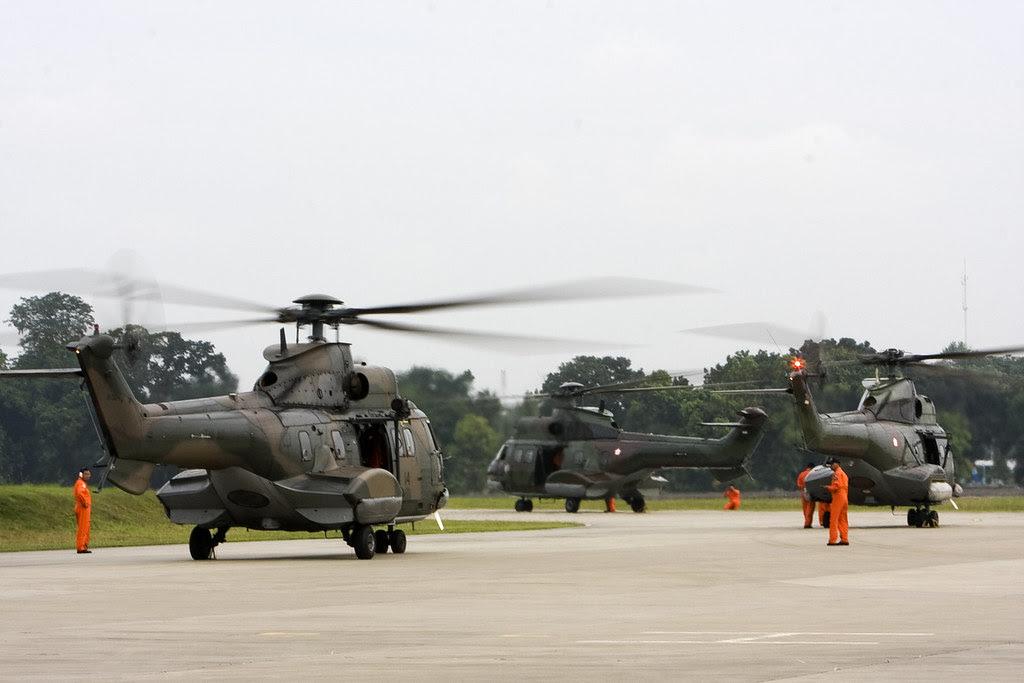 AS 332 Super Puma dan AS 330 Puma dari Skadron Udara 6 Atang Sendjaja-Bogor