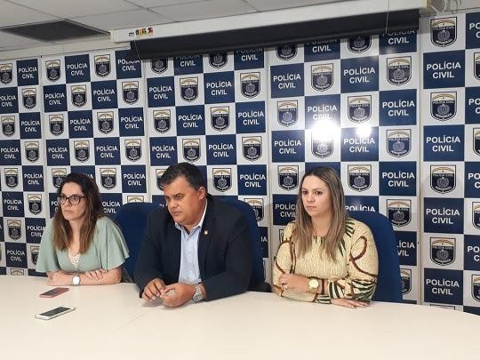 Polícia Civil concedeu entrevista coletiva, nesta sexta-feira (21), para falar sobre a prisão do professor americano | Foto: Polícia Civil/Divulgação