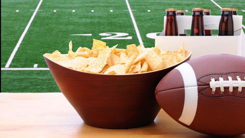 Football-Super-Bowl-TV-commercials-ss-1920