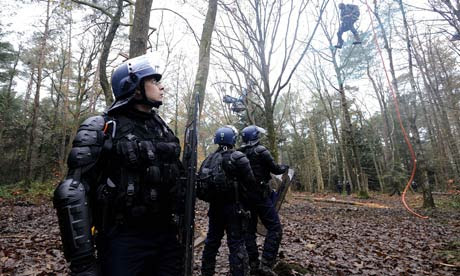 French riot police near Nantes