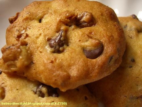 choc chips walnut
