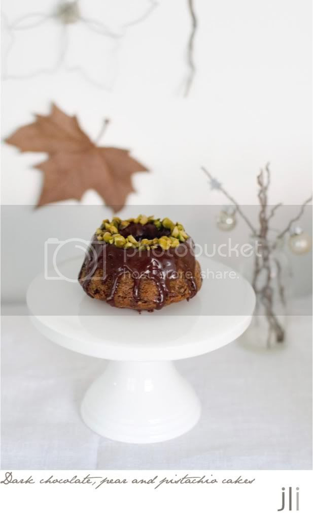 chocolate pear pistachio cake