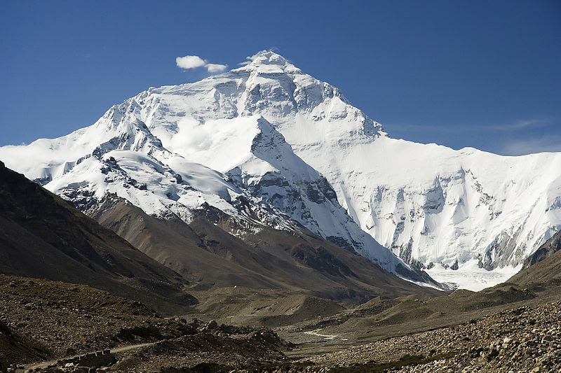 File:Everest North Face toward Base Camp Tibet Luca Galuzzi 2006 edit 1.jpg