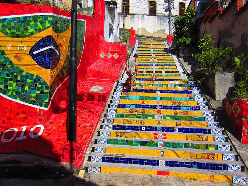 17 escadarias com as mais belas decorações urbanas do mundo 13