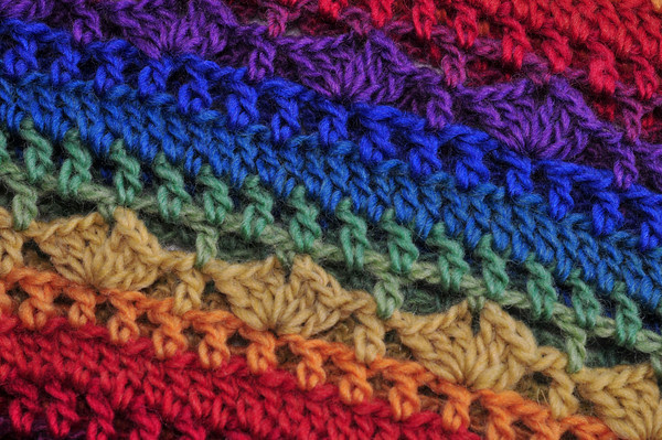 Rainbow Cowl detail