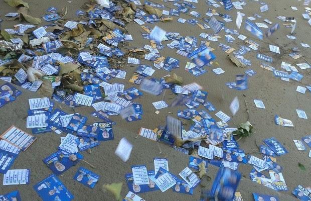 Lixo eleições Goiânia, Goiás Adamo (Foto: Arquivo pessoal/Ádamo Pinheiro)