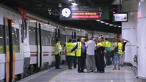 Barcellona: scontro fra due treni in stazione