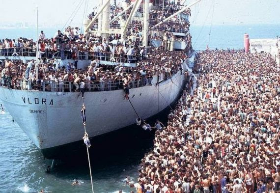 Invasion Europe Migrants Bataille Italie Commencé