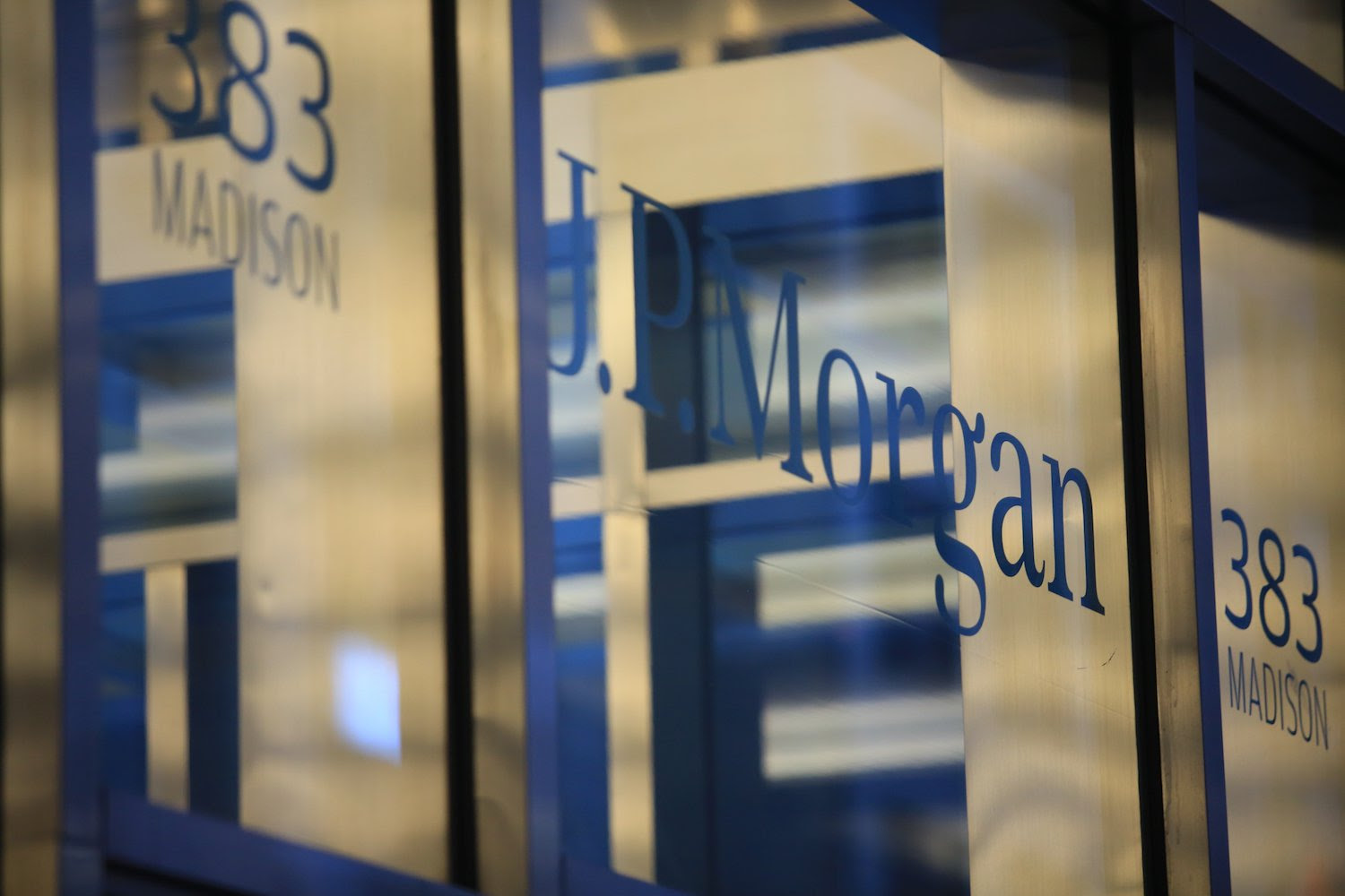JPMorgan Report: Crypto Could One Day Help Diversify Portfolios