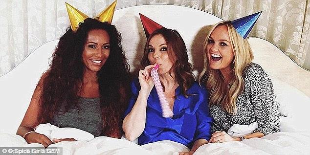 GEM: Foi anunciado no mês passado que Emma Bunton, Geri Horner e Mel B seria reunir como um trio para marcar 20º aniversário das Spice Girls