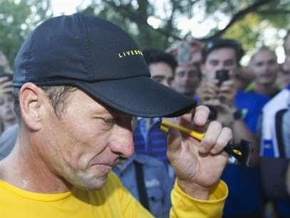 Lance fugiu de perguntas difíceisa Oprah Winfrey, afirmou ex-colega de equipe e antigo parceiro de doping Foto: Christinne Muschi / Reuters