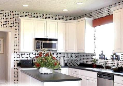 tips memilih wallpaper  dapur nirwana deco jogja