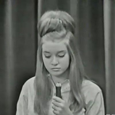 modernette:  the60sbazaar:  Mary Weiss of the Shangri-Las  Insane hair goals