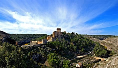 image spain alarcon castles sky scenery cities