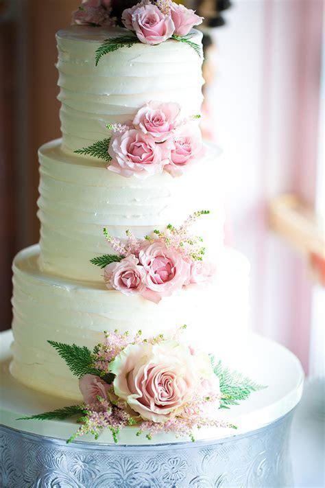 Wedding Cakes Photo Gallery   America's True Grand Hotel