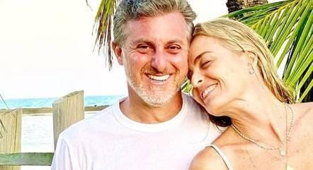 Defensor da quarentena, Luciano Huck curte férias no Caribe
