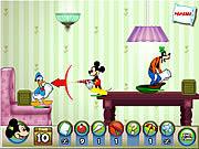 Jogar Mickey and friends in pillow fight Jogos