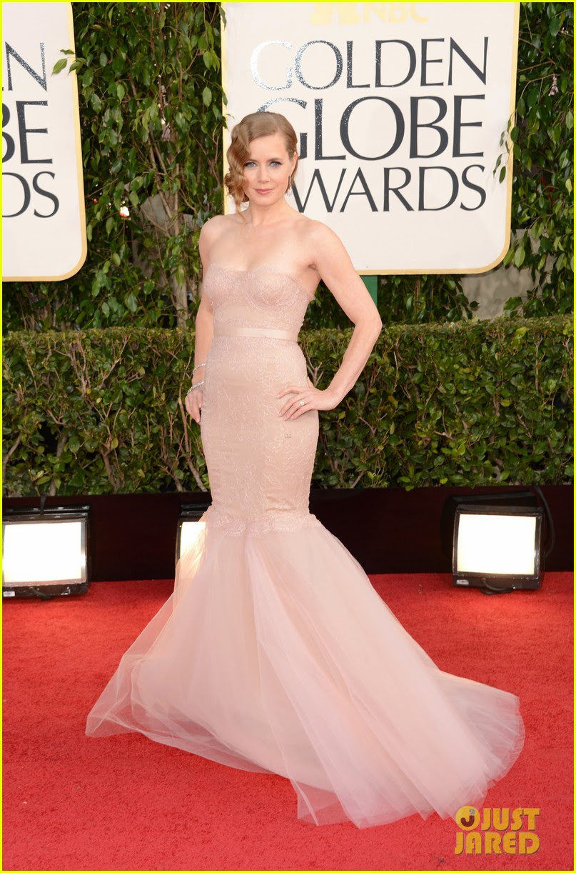 amy adams golden globes 2013 red carpet 01