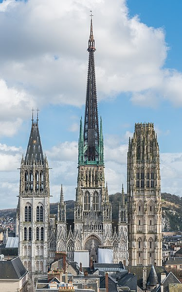 File:Rouen Cathedral as seen from Gros Horloge 140215 4.jpg