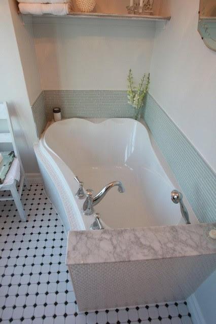 shabby chic bathroom reno - traditional - bathroom - toronto - by ...