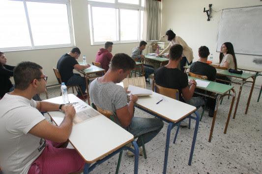 """Πανελλήνιες """"αντίο"""", έρχεται το Baccalaureate – Τέσσερα χρόνια Γυμνάσιο, δύο Λύκειο και εξετάσεις μόνο σε ΑΕΙ υψηλής ζήτησης"""