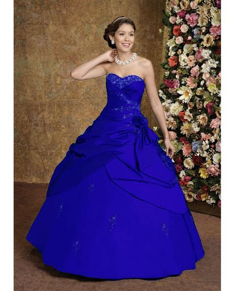 bridal style and wedding ideas: Perfect Royal Blue Wedding