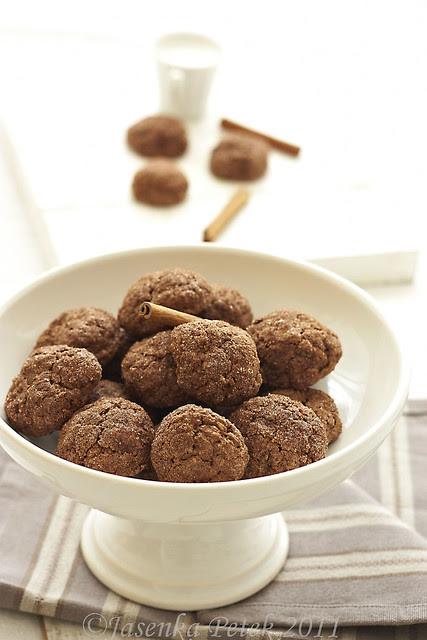 Chocolate pumpkin cookies