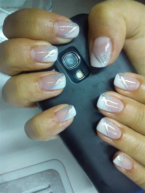 16 Beautiful and Simple Nail Design Ideas   Style Motivation