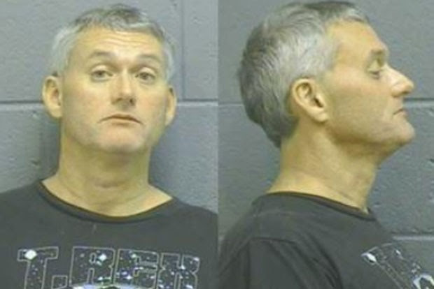 Em novembro, o americano Fred Thomas, de 62 anos foi condenado em Rockland, no estado do Maine (EUA), acusado de ter usado o pênis para agredir sua ex-esposa, depois que ela se recusou a fazer sexo com ele.  (Foto: Reprodução)