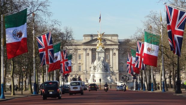 Top 10 Practical Travel Tips for London in 2019