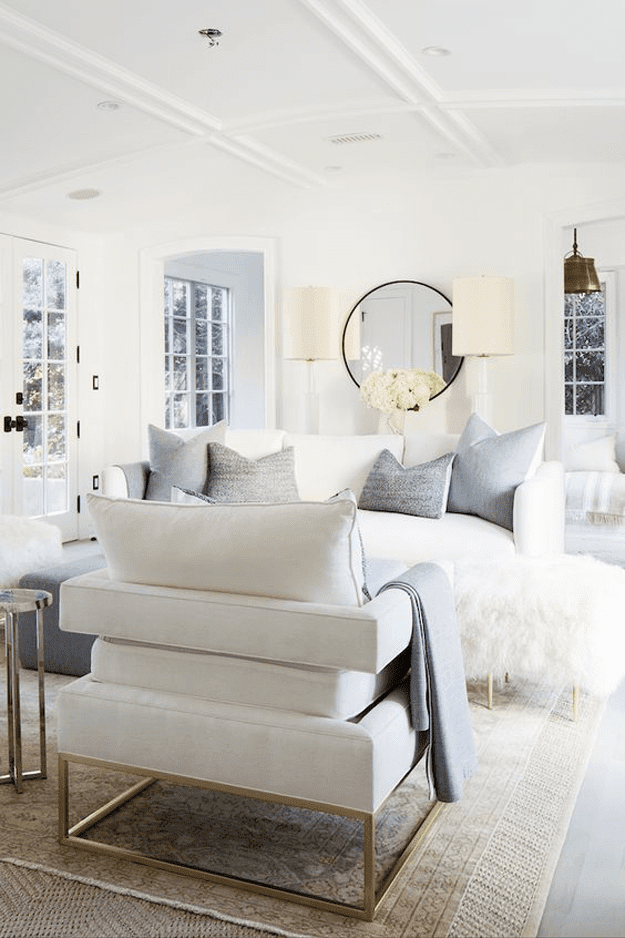BENJAMIN MOORE SIMPLY WHITE - Concepts and Colorways