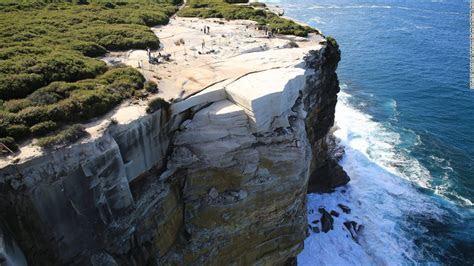 Australia's Wedding Cake Rock may collapse into the sea