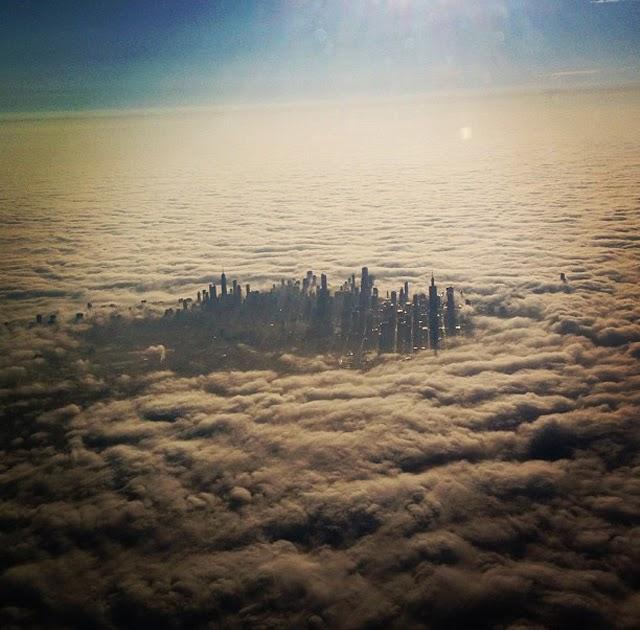Chicago, desde el avión y entre las nubes