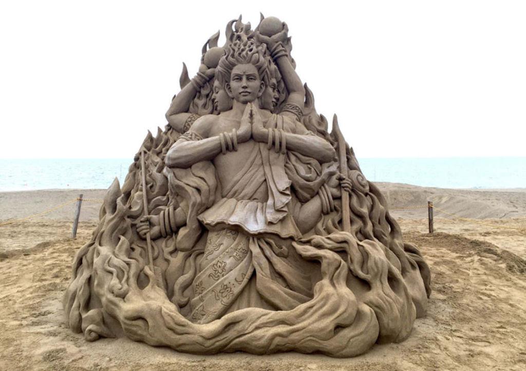 As extraordinárias esculturas de areia de Toshihiko Hosaka 14