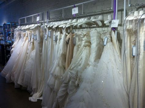 ?White? in Montreal Boutique Wedding Dress Shop & More