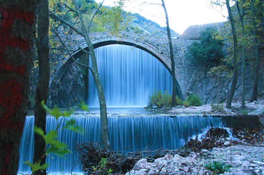 vecchi-antichi-ponti-misteriosi-nel-mondo-25