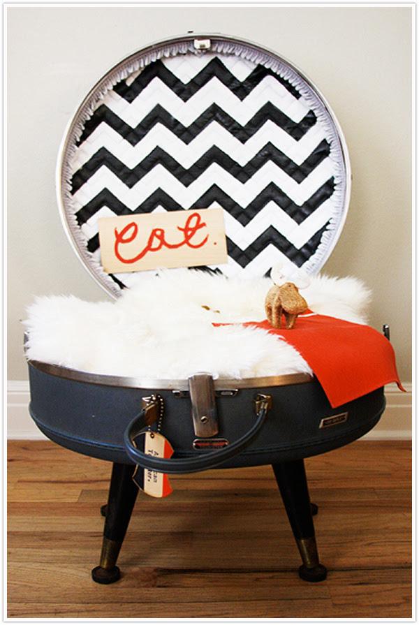 19 Simple DIY Pet Beds   Shelterness