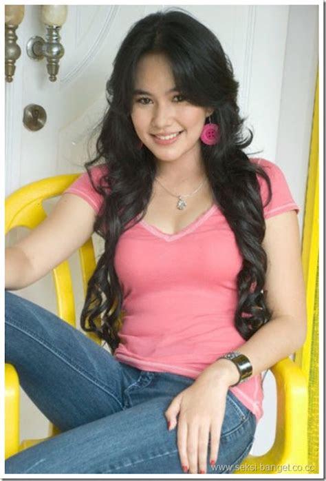 ups foto foto   kartika putri  bikin netizen
