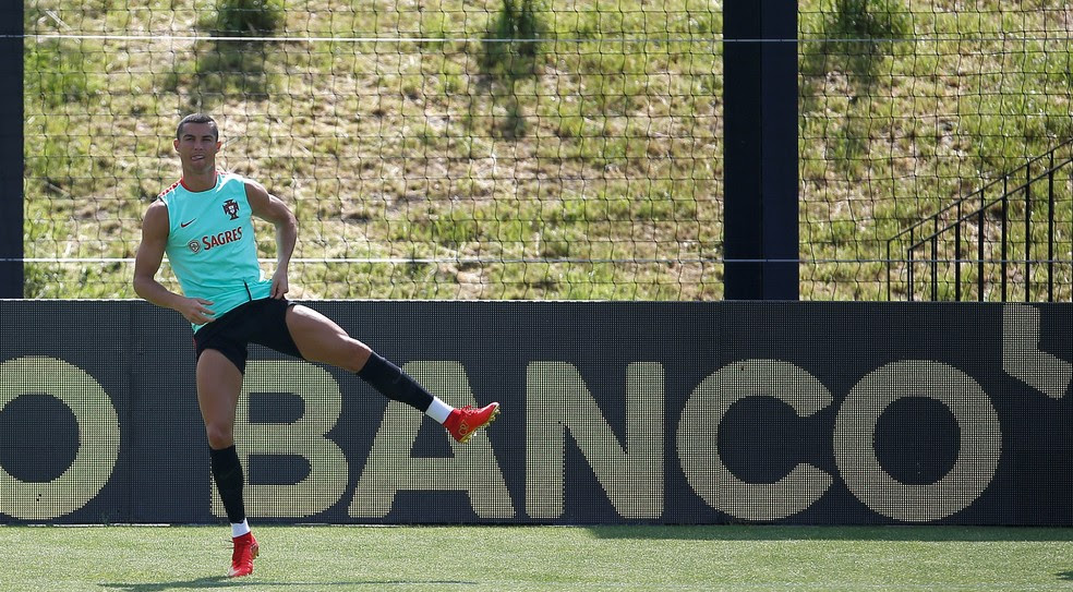 Cristiano Ronaldo está a serviço da seleção de Portugal, na preparação para a Copa das Confederações (Foto: REUTERS/Rafael Marchante)