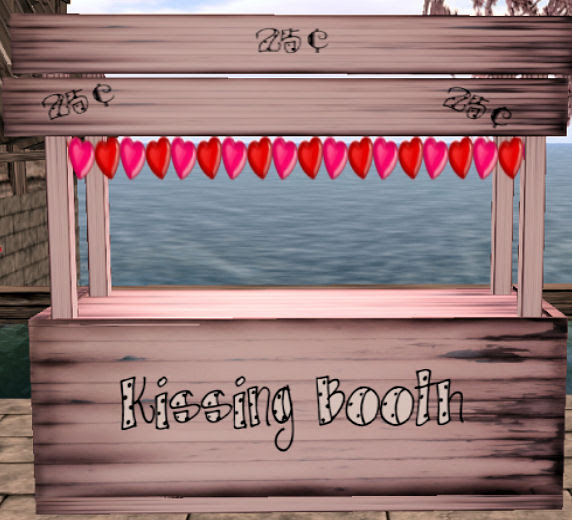 35L Thursday  Roxie's Home decor Kissing Booth