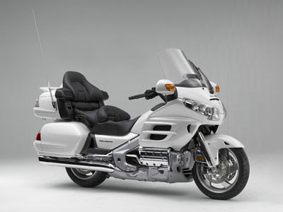 Hondas Annual Worldwide Motorcycle Sales Exceeded 10 Million Units In 2004 And 2007 Reached 1347 A 7 Increase From 2006