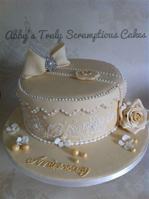 Best 20  Golden Anniversary Cake ideas on Pinterest   50th
