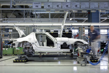 Mercedes Opens Assembly Training Facility in Alabama ...